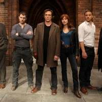 Crossing Lines in prima tv mondiale