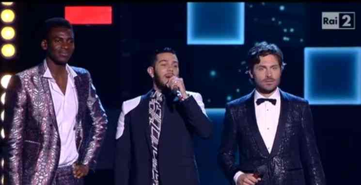 Emis Killa e Charles Kablan a The Voice of Italy in See you again