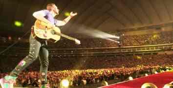 Nuovo album per i Coldplay, disco live: video dell'inedito All I Can Think About Is You