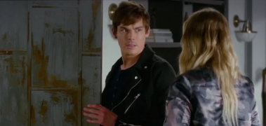 In Pretty Little Liars 7 è il turno di Caleb: morirà nel prossimo episodio? (Video)