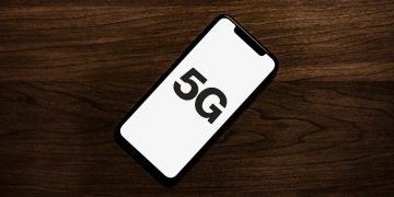 Al lavoro per l'iPhone 5G ma sempre in super ritardo e nonos
