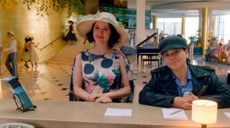 Midge e Susy in The Marvelous Mrs. Maisel